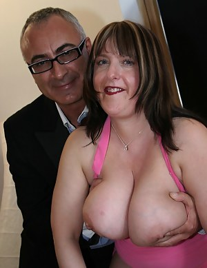 British Big Boobs Porn Pictures
